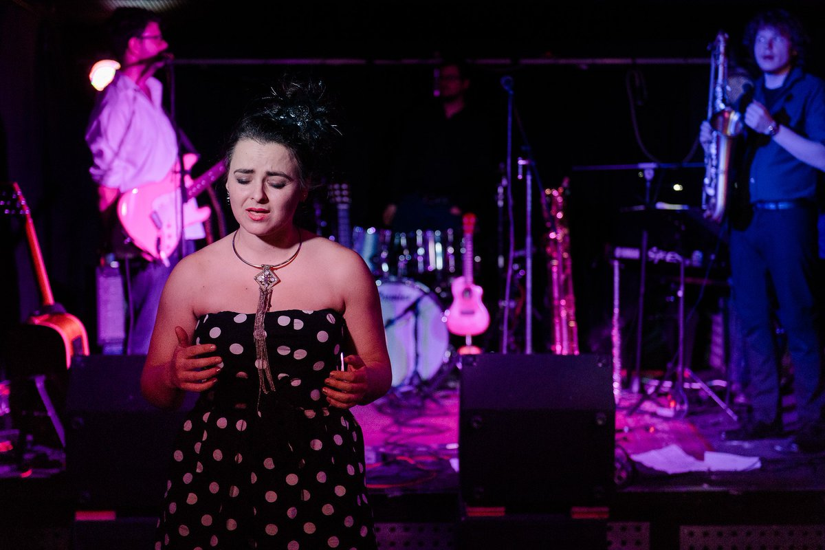 I loved my show in #Cologne! Special thanks to Markus on the #Sax, John on the #guitar, Andreas on the #keys and #ClubLichtung! The audience requested #BabyYoureTheBestDreamIveEverHad #sassy #girlpower #koeln #germanytour #touring #touringband #dottedDress https://www.youtube.com/watch?v=Za5_A13hDXI…pic.twitter.com/fB0SKBdfV1