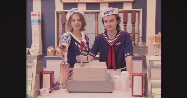 Netflix teases season 3 of @Stranger_Things with fake mall spot straight from the '80s: https://t.co/oolx8JBhFC