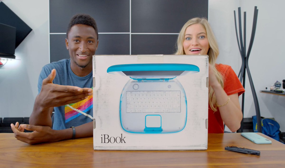 How old were you in 2000? I'm surprised in the comments how many people weren't even born yet! 😱 So many throwbacks in this unboxing of an UNOPENED iBook G3 with @MKBHD — youtu.be/8F1xmbYucec