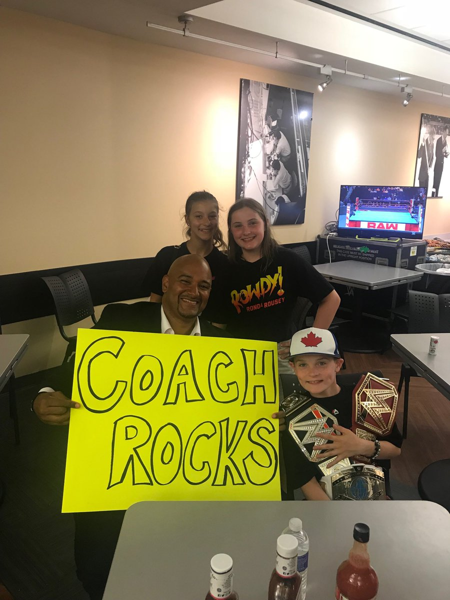 We are just 15 minutes from the start of Monday Night Raw. A big thanks to the Eric Wedge Crew for making this sign. At their first Raw. Have a great time kids.