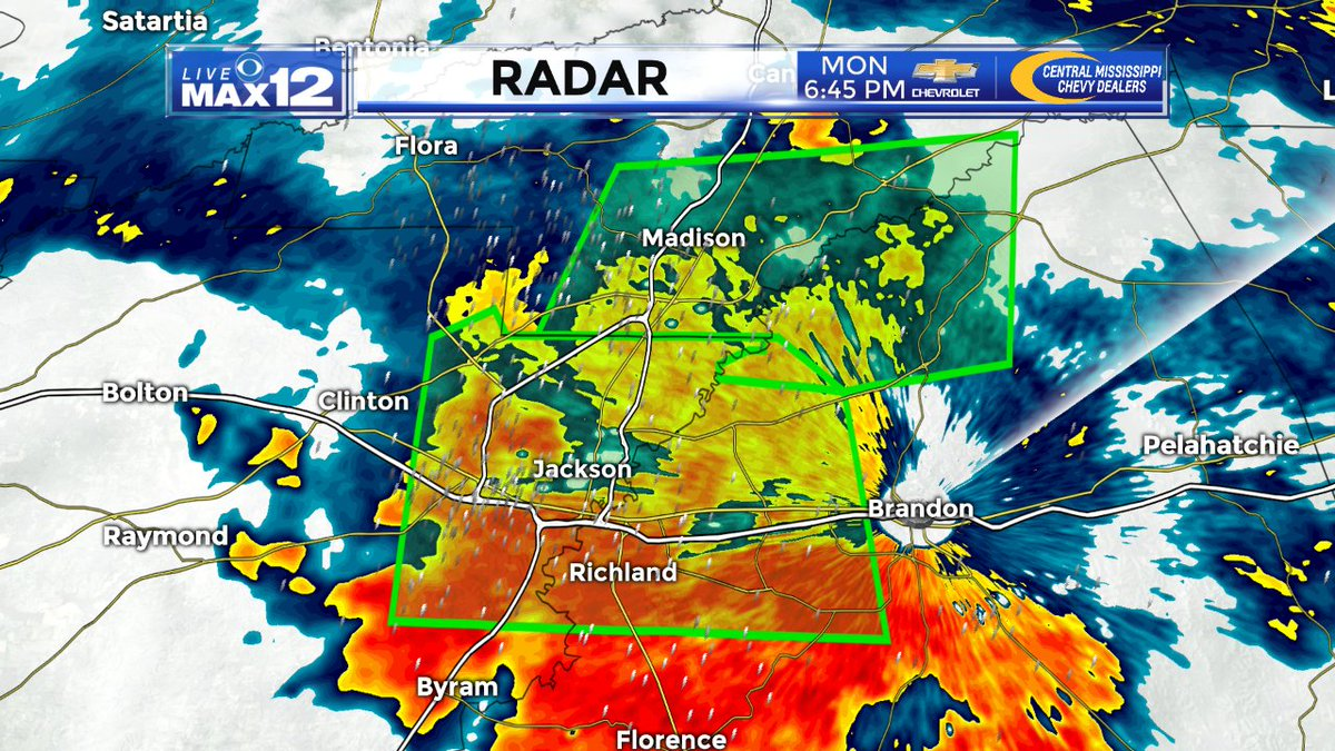 A Flash Flood Warning is in effect for west-central Rankin County & east-central Hinds County until 9:30pm. Up to 2' of rain have already fallen in the warned area & an additional 2-4' will be possible. Don't drive over flooded roadways!  #mswx#WJTVweather