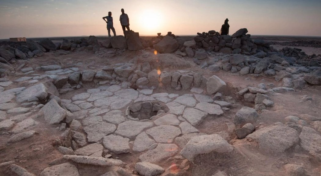 Archaeologists discovered a loaf of bread that's 14,400 years old and predates agriculture https://t.co/kn9MxwqzgQ