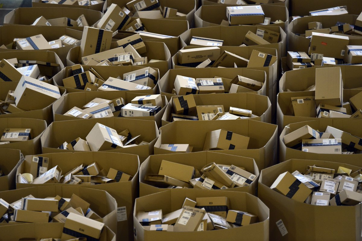 Amazon's site crashes on #PrimeDay threatening a $3.4 billion haul https://t.co/Q4KkrZlDAQ