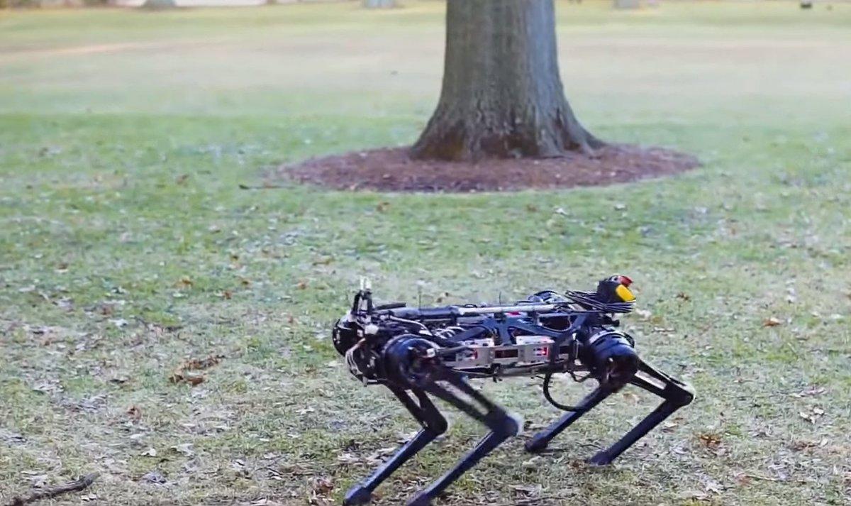 ".@MIT 's made a running, jumping, stair climbing ""blind"" robot named Cheetah 3! Watch here https://t.co/K8LbwZ2dvD via @TheNextWeb"