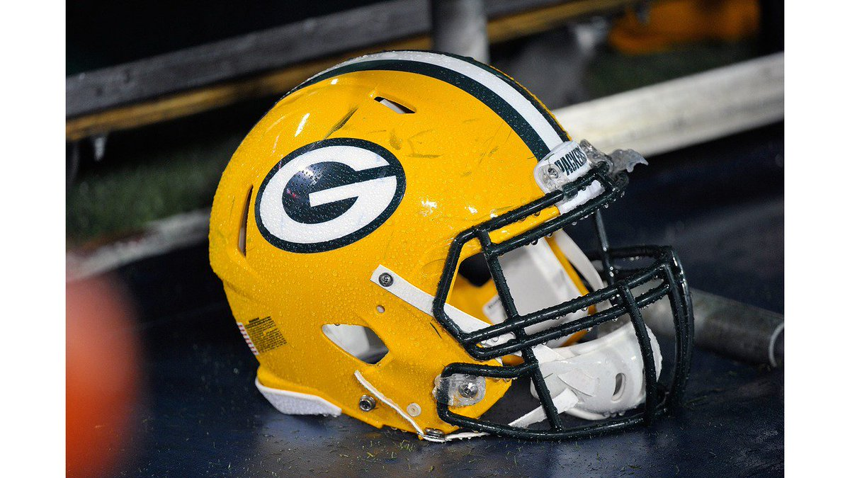 "Packers release past fiscal year financials.   Packers President Mark Murphy, ""Revenues grew again this year, I believe it has been every year consecutively since the renovation in 2003.'  https://t.co/MBob3xZi3d"