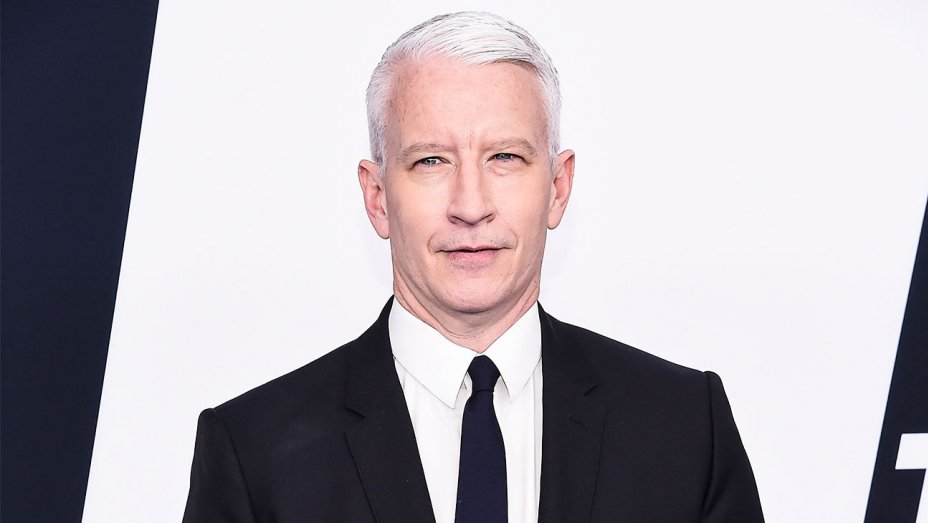 Anderson Cooper to receive Walter Cronkite Award https://t.co/C3ZiRaqQC0 https://t.co/GuK5R01Uwh