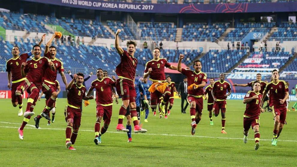 [#DEPORTES] Jugadores de la Vinontinto respaldaron proyecto de Rafael Dudamel con miras a la eliminatoria mundialista a Qatar 2022 https://t.co/embaart5OF