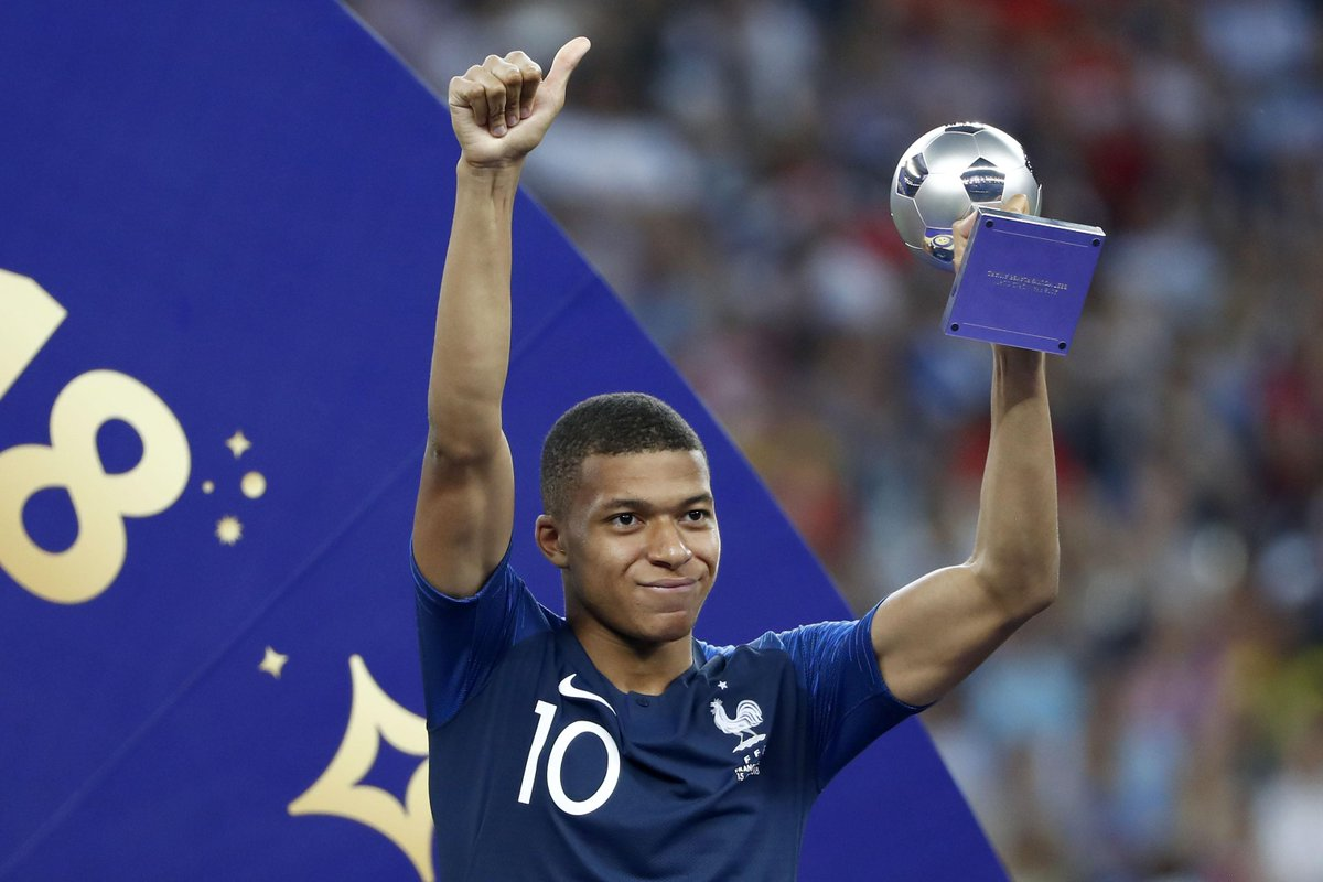 Kylian Mbappe is donating all of his World Cup earnings to a children's charity 🙏 https://t.co/BYPIcMugRS