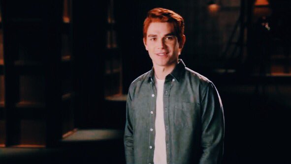 Kj Apa &amp; Lili Reinhart in the new #Riverdale subscribe clips from Riverdales YouTube channel. They look so good!<br>http://pic.twitter.com/obZkt3hps0