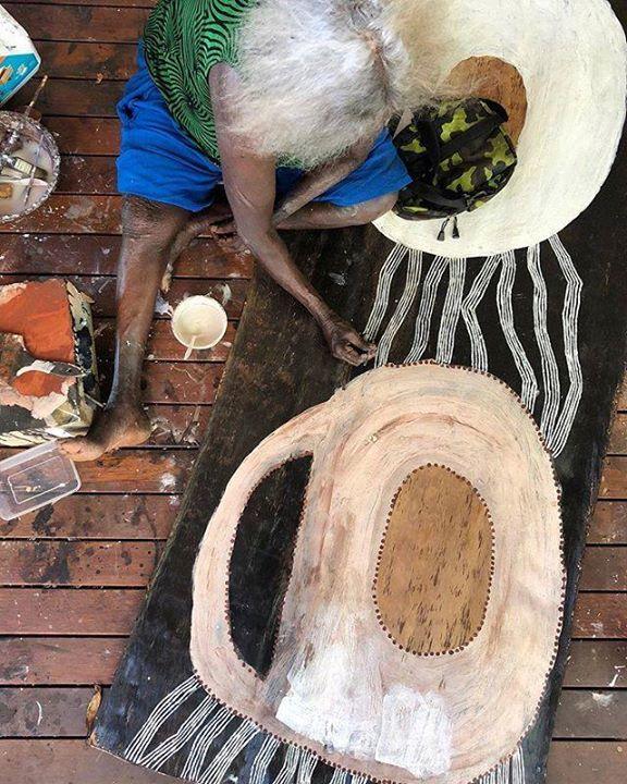 More powerful work from Nongirrna Marawili. #australiancontemporaryart #lightningandtherock #nongirrngamarawili #yolngupower #indigenousart #contemporaryart #painting #artist #indigenouscontemporaryart https://ift.tt/2uE1oO8pic.twitter.com/LWuLspI9X2