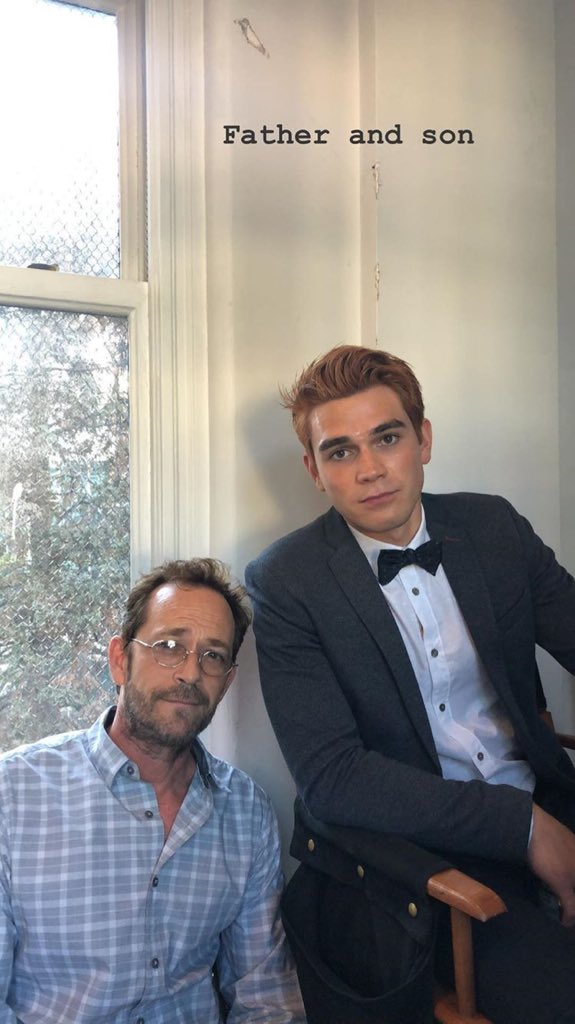 New image of Kj Apa &amp; Luke Perry via Lili Reinharts instagram story, on the set of #Riverdale today.<br>http://pic.twitter.com/CyLPdq1p41