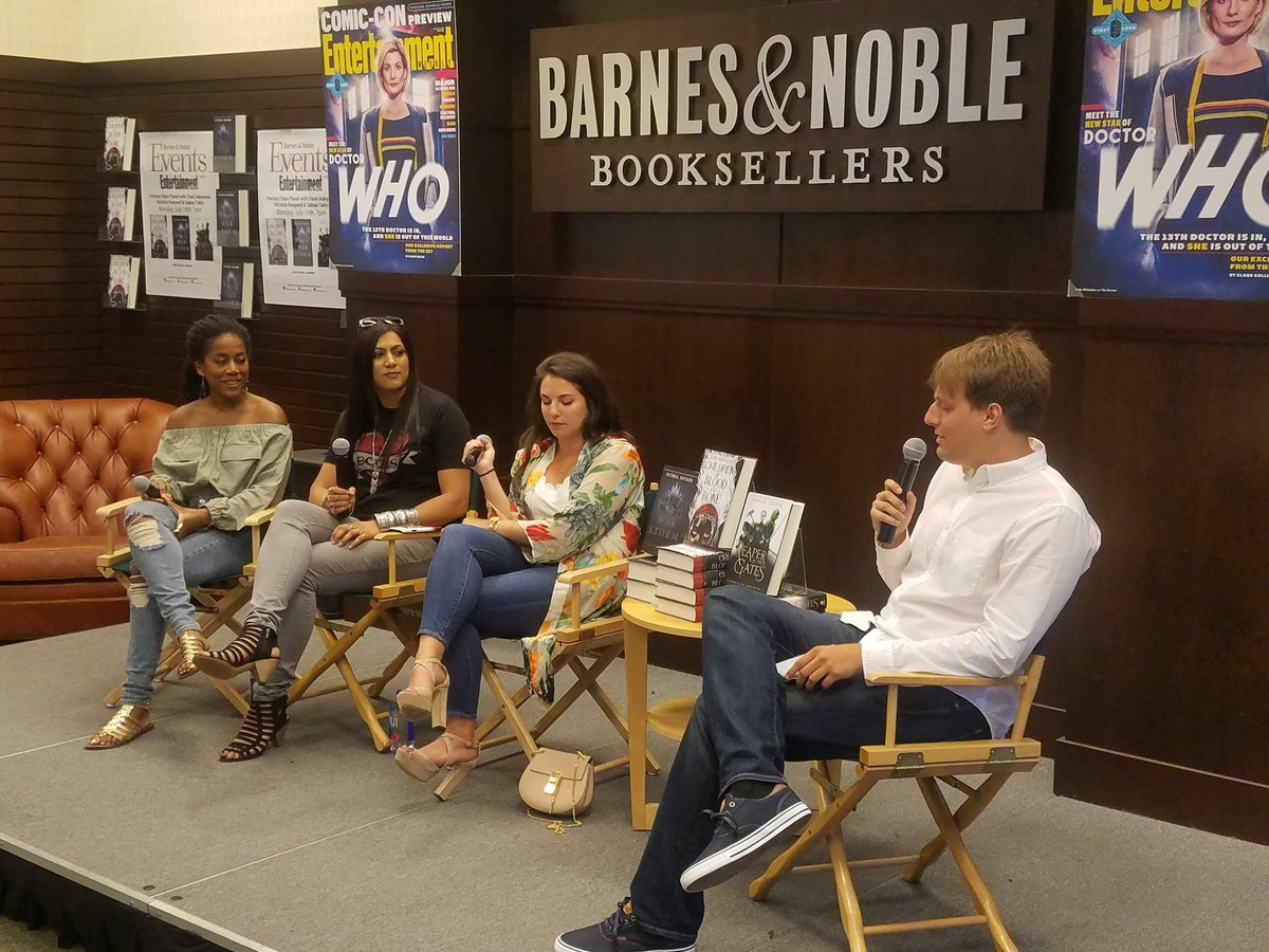 Barnes Noble Events The Grove On Twitter Bestselling Authors