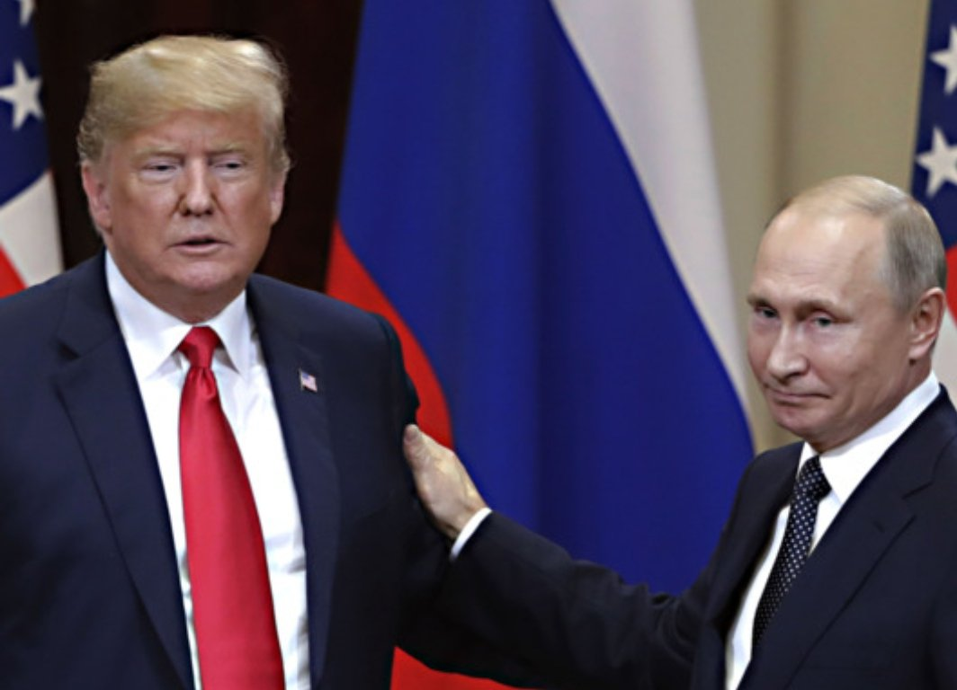 Number of times Putin dissed his own country&#39;s intelligence on the world stage: ZERO.  Number of times trump has done so: COUNTLESS.  trump is a total EMBARRASSMENT to America. He is a coward, a crook, and a traitor. #ImpeachTrump<br>http://pic.twitter.com/nKuZiJLst0