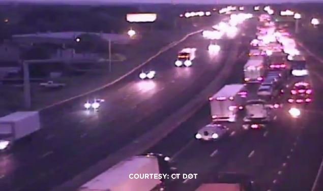 Watching construction delays for you along I-95 SB through #BRIDGEPORT...and I-91 NB in #NEWHAVEN.  #WFSBtraffic #CTtraffic<br>http://pic.twitter.com/YQwljkgE8G