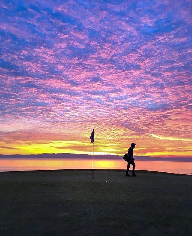 From Instagram: ⠀ The last round at Chuck Corsica Golf Course by @olibearrrrrrrr #sunset #sunsetpornp#bayareao#wowr#picofthedayn#regram https://t.co/w43ZjZjbxH