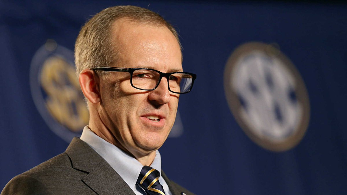 No more Alabama vs. The Citadel the week before the Iron Bowl?  @BillBender92 proposes one tweak SEC commissioner Greg Sankey could make to silence schedule critics: https://t.co/ssBSunj5yk