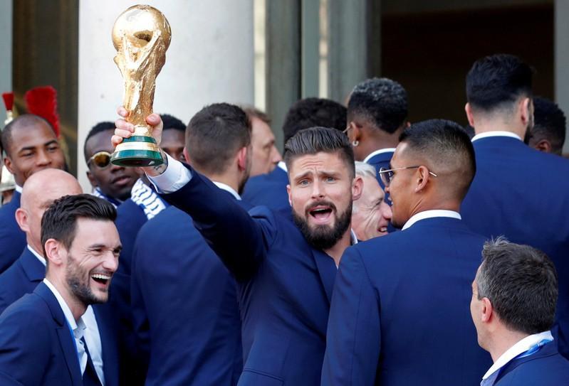 France's Giroud savors World Cup glory despite criticism https://t.co/gA2cDeE0c2 https://t.co/eLhBVUbjgW