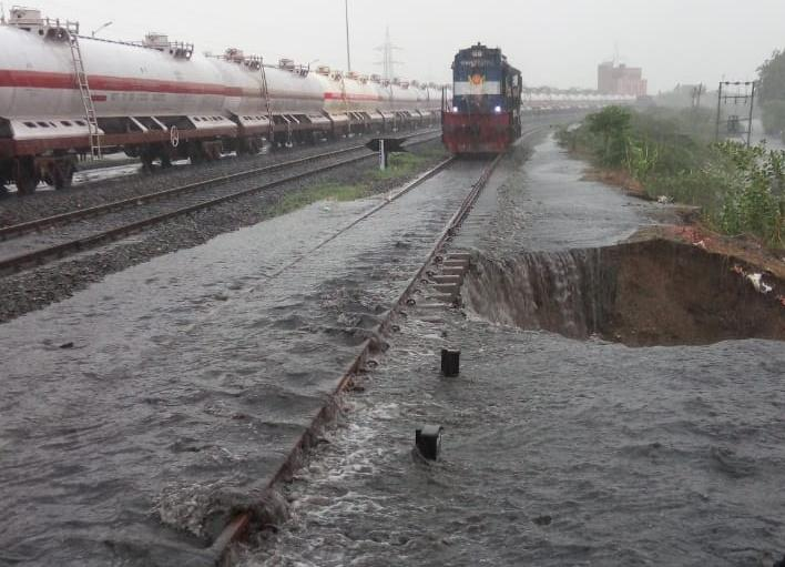 Major breaches at Kanalus railway station following heavy rains; several trains affected