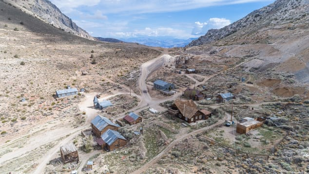 This California ghost town just sold for $1.4 million cnn.it/2zNzRQ4