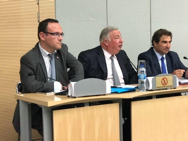 En réunion de groupe @Republicains_An avec @gerard_larcher et Christian Jacob. Au menu : la réforme constitutionnelle @lesRepublicains  - FestivalFocus