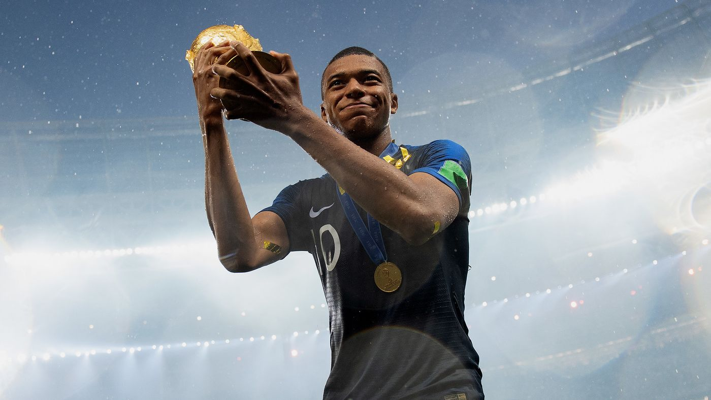 France's teen phenom Kylian Mbappe is donating his #WorldCup earnings to charity https://t.co/5rtswZqaAA https://t.co/v1nIYa1ddj