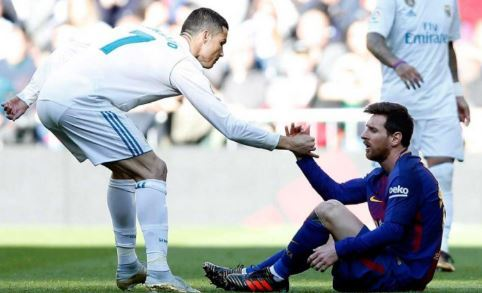 Rooney chooses 'greatest ever' between Cristiano Ronaldo, LionelMessi Photo