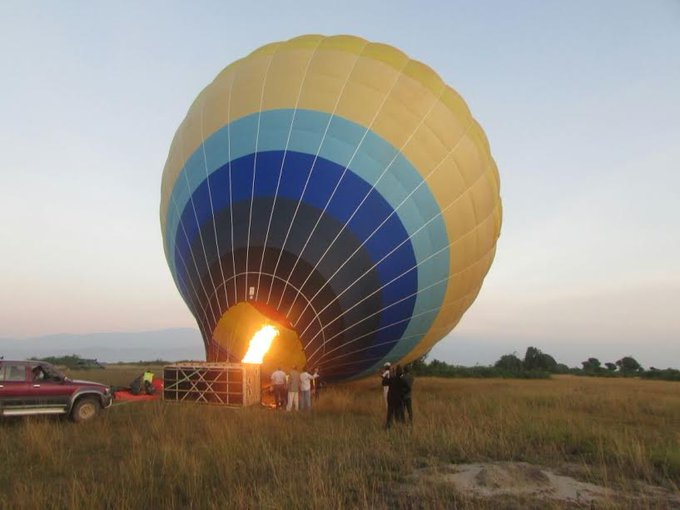 The balloon takes a maximum of 16 passengers for a single flight and lasts about an hour. This experience will give you great camera opportunities totally different from ground safaris. #VisitUganda #TravelTuesday 📸via @ChimpReports Photo
