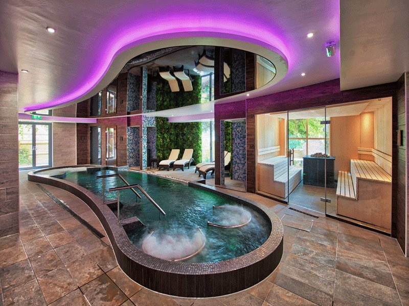 """How beautiful is our """"Spa of the week"""" @RingwoodHall? 😍🌿https://t.co/lOQT8EEkMl https://t.co/MAZef0yOBL"""