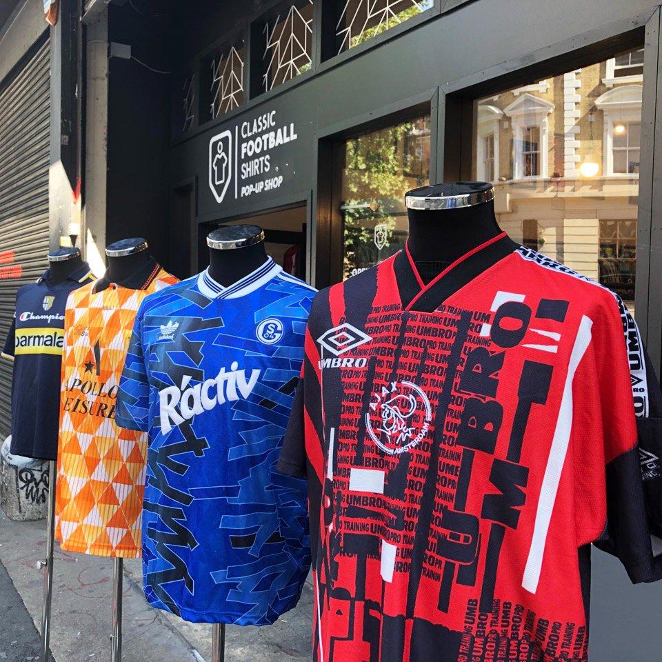 sale retailer 57e20 47580 Classic Football Shirts on Twitter: