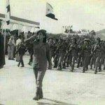 صورة لفرقة من القوات النسائية الخاصة، في دولة اليمن الجنوبي (سابقا)، خلال استعراض عسكري في مدينة #عدن سنة 1981م. #اليمن_الجمهوري
