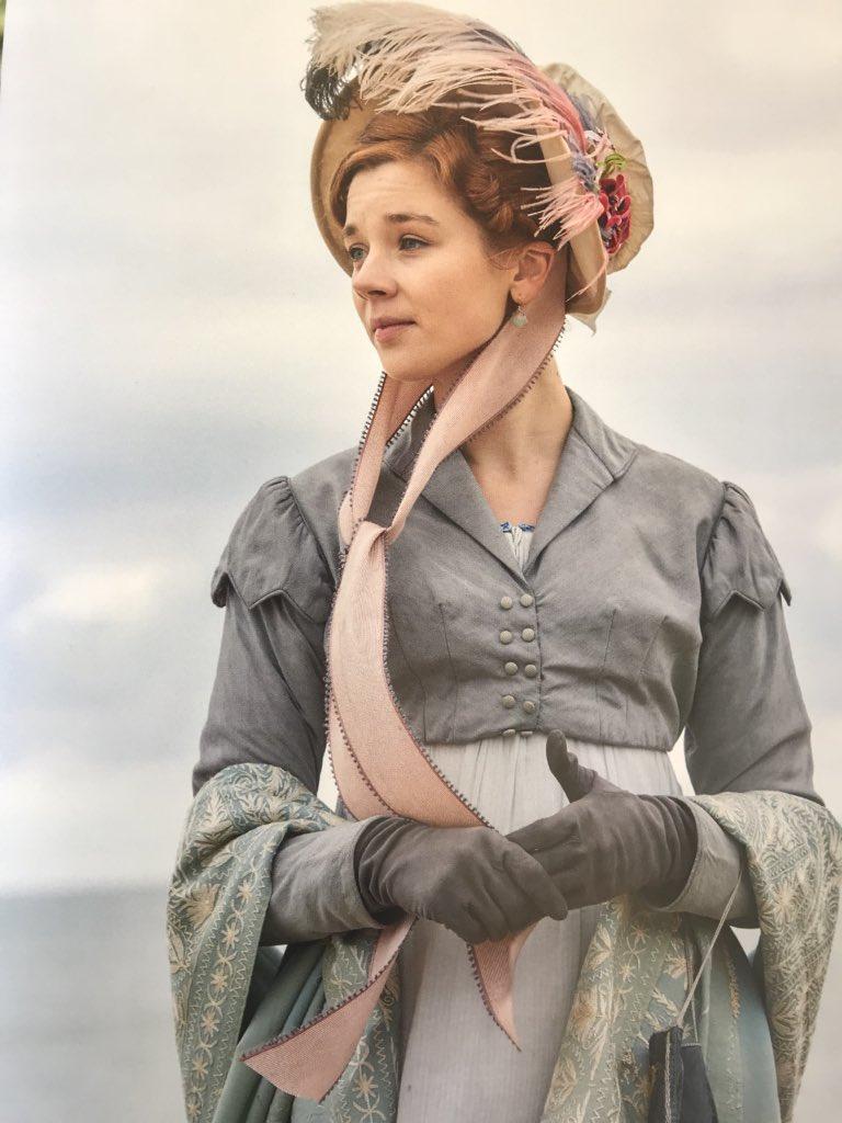 Vanity Fair, une nouvelle adaptation (ITV / Amazon) - Page 2 DiTpwRSXkAEbM_H