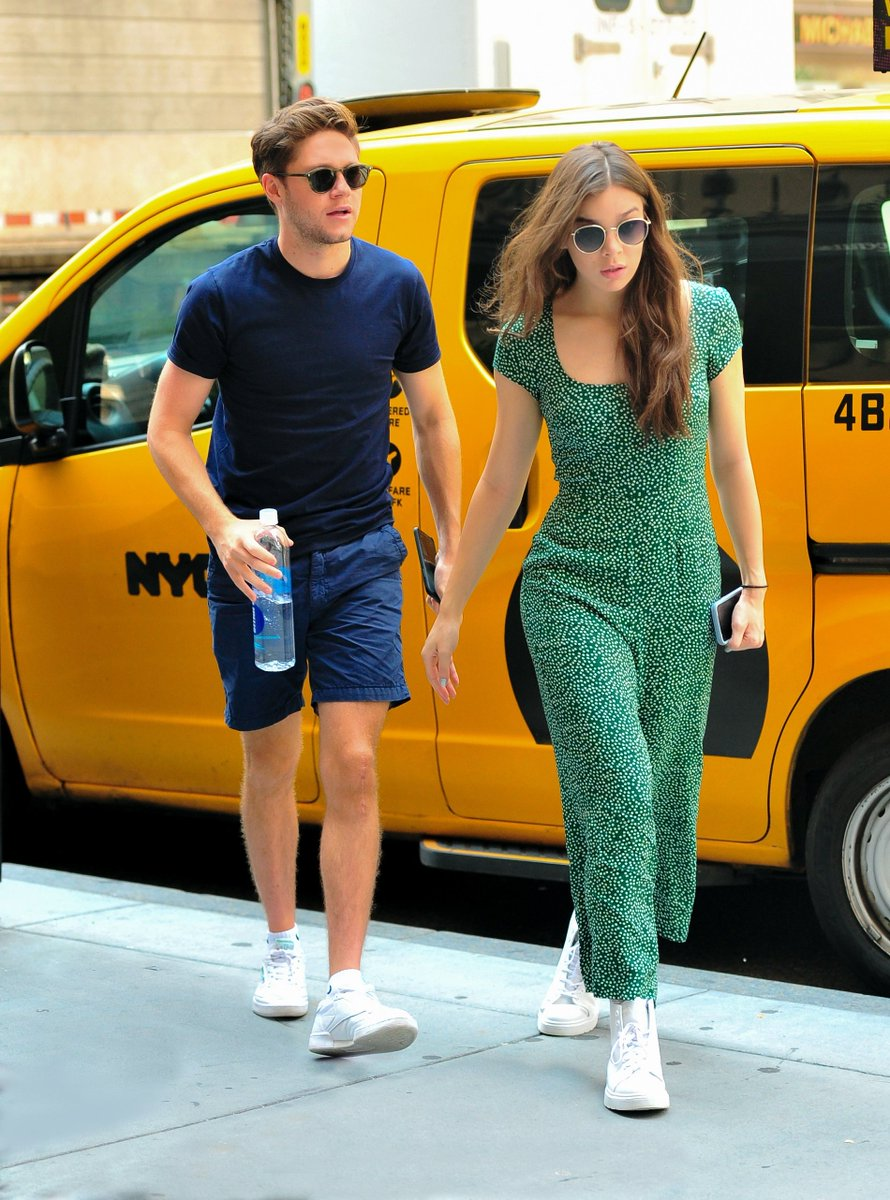 #NiallHoran and #HaileeSteinfeld step out together in NYC https://t.co/yfUbwg9hTL