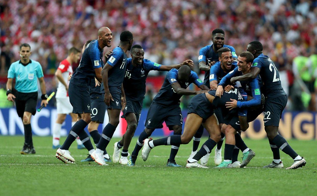 11 - La France 🇫🇷 a inscrit 11 buts lors de la phase à élimination directe de cette Coupe du Monde 2018 🏆, seule … la France en 1958 (12) fait mieux lors d'une édition. Belgique 🙃.