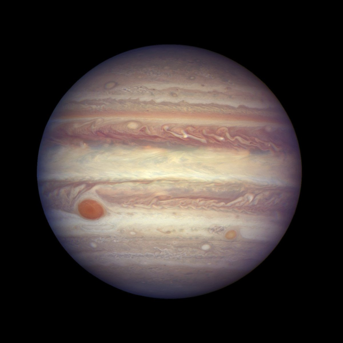 Scientists discovered 12 new moons orbiting Jupiter. The giant gas planet now has 79 known moons, more than any other planet in the solar system 🌝