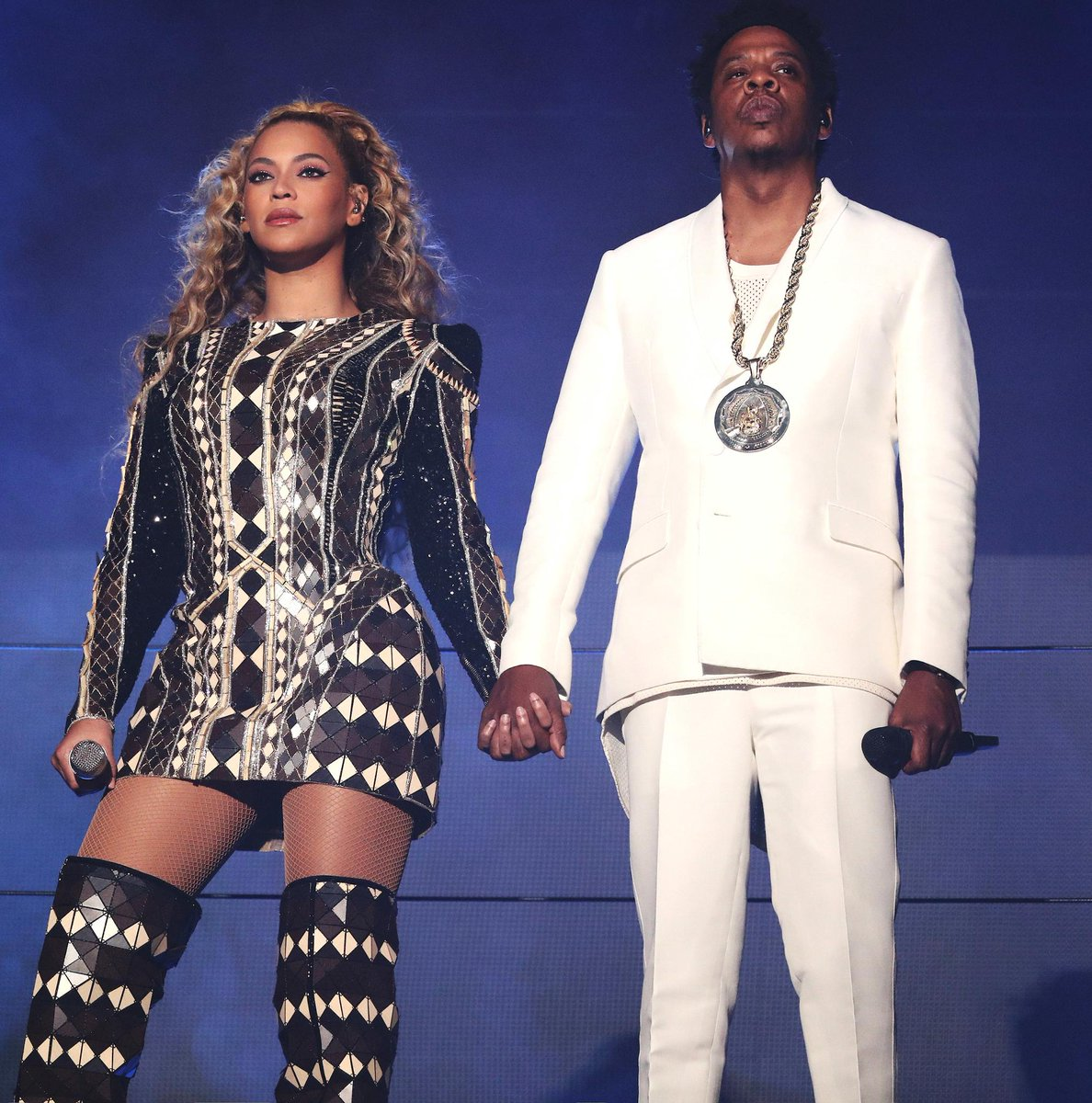 Cardi B, Beyoncé and JAY-Z, lead the 2018 MTV #VMAs nominations. See the full list: https://t.co/oFi5kbb3sm  https://t.co/Npvxdd6Hlu