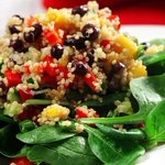 Quinoa black bean and mango salad makes for a healthy and easy base salad and  it's good for you! https://t.co/F7jgdnB0j4 via @TheHSF  #hearthealth #yeg #yegfood