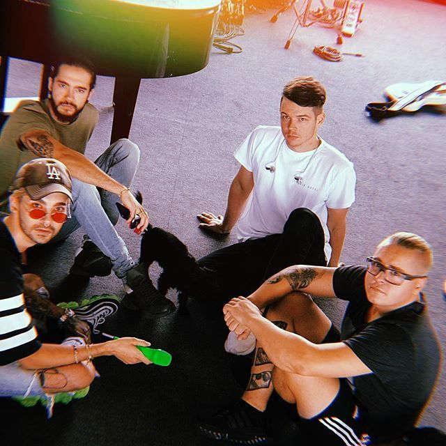 """Regram @tokiohotel  ALERT!!! As we are rehearsing for our #summercamp we wanna give you a heads up that the """"We Found Us"""" package is completely sold out!!! Only 24 of the """"Love Who Loves You Back""""packages and 16 """"Dogs Unleashed"""" from the additional ticke… https://t.co/fD0fMsPiCJ"""