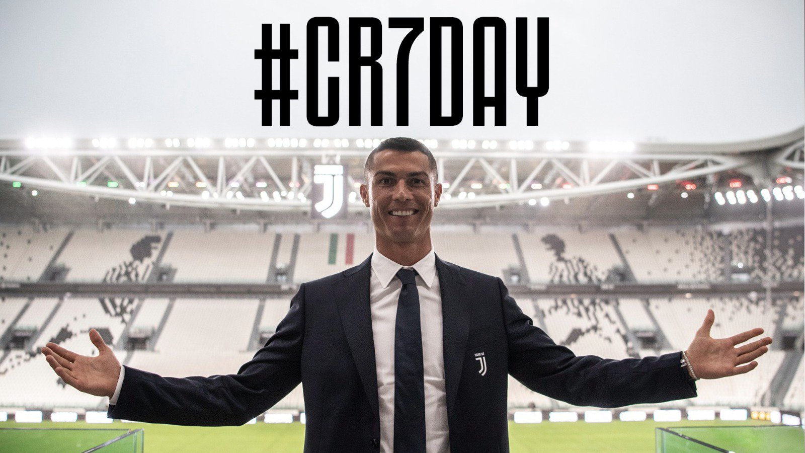�� MUST SEE! Go behind the scenes on #CR7DAY!  ���� @cristiano #CR7JUVE https://t.co/SLIbYK8K7Y