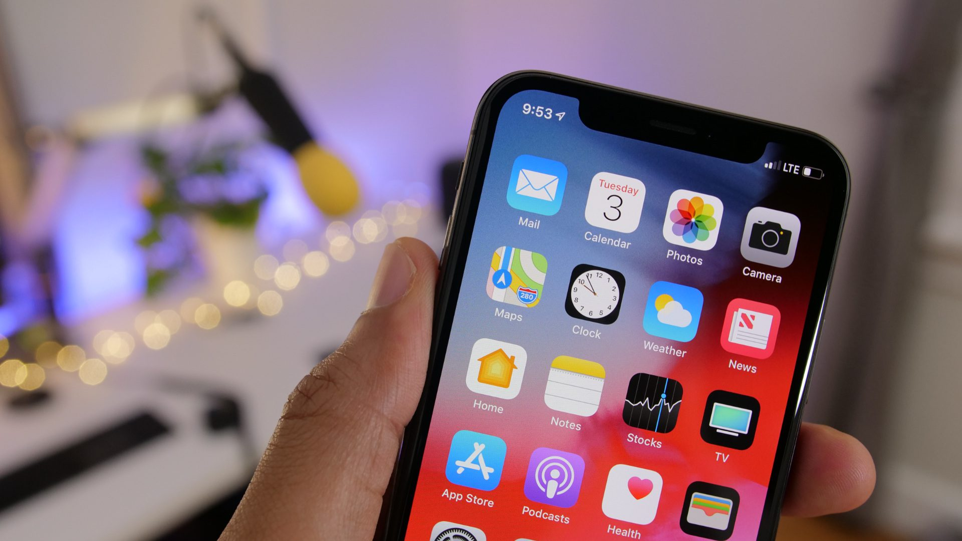 iOS 12 developer beta 4 for iPhone and iPad now available https://t.co/QCKDKbyDjo by @apollozac https://t.co/kKAu52VYEr