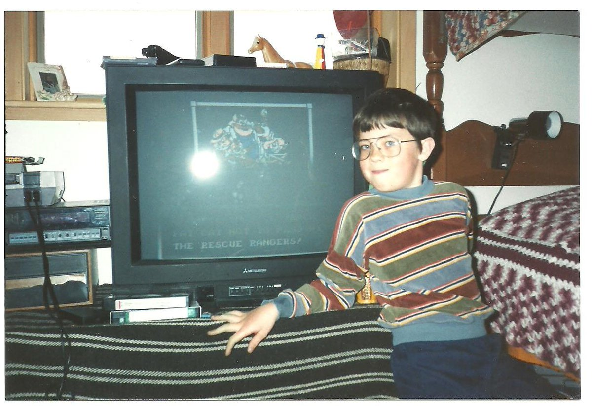 As a tiny dork child, I asked my mom to take a picture of me having finished the NES Rescue Rangers game: <br>http://pic.twitter.com/s2wDrA6CzK