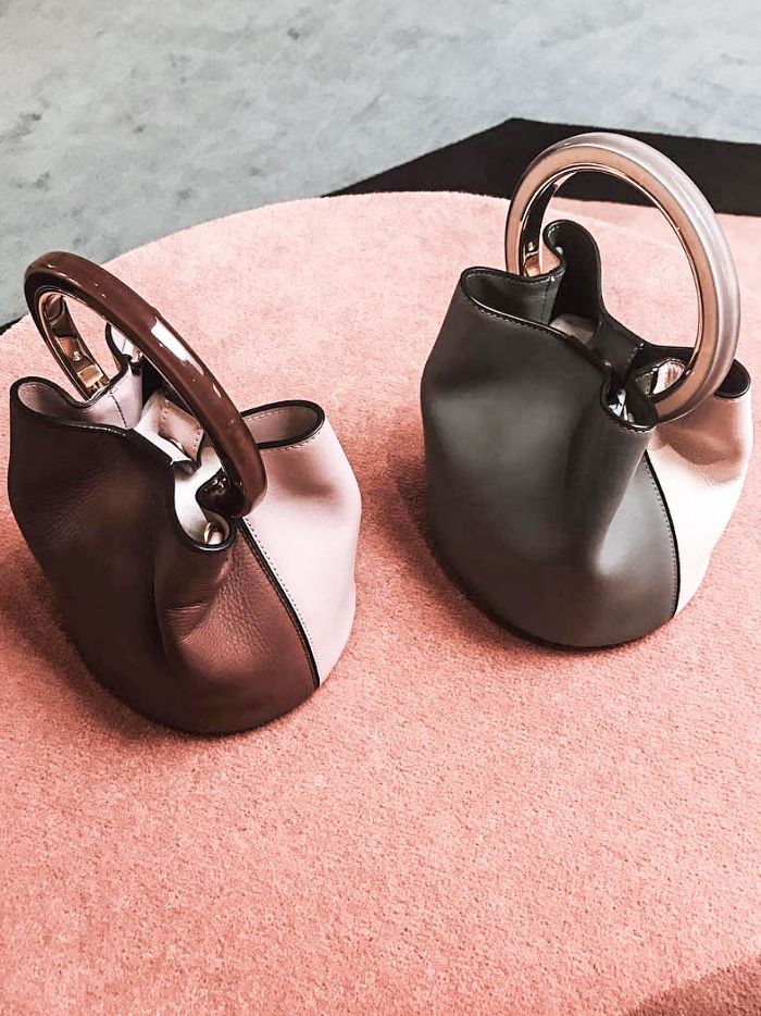 This handbag trend is going to be everywhere: https://t.co/PCHdK3GYkN