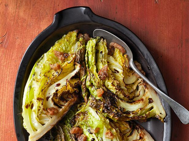 Have you ever had roasted #cabbage? #recipes  https://t.co/D3qtnf61oh https://t.co/IcgQUgMtM8