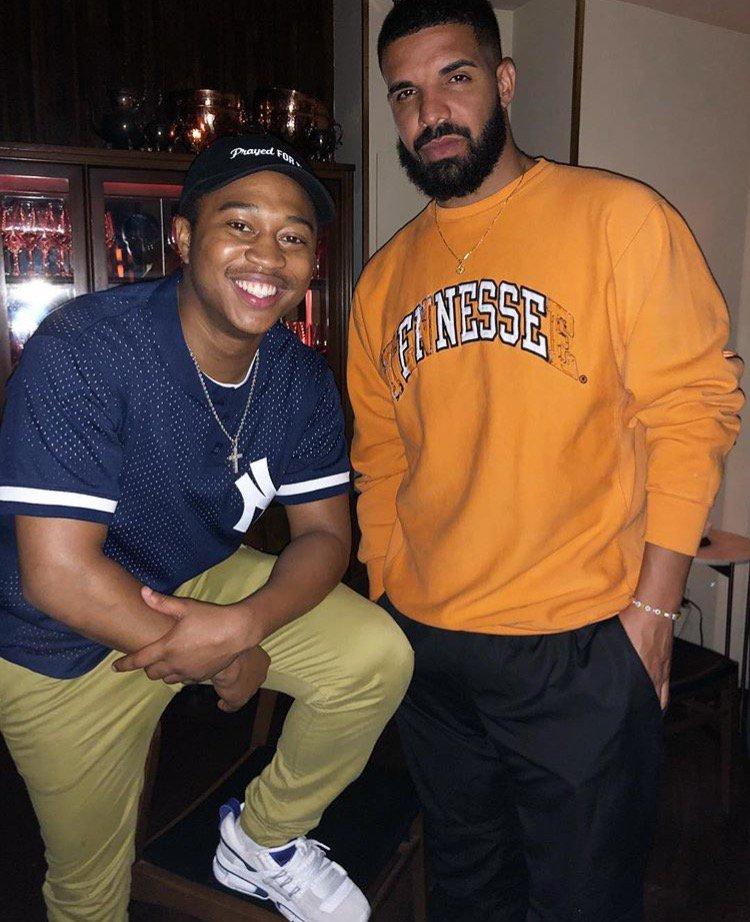 Drake Meets Shiggy: 'Man got me a No. 1 record today' https://t.co/7fq6loWioo  #InMyFeelingsChallenge https://t.co/PEJBn4gvJ5