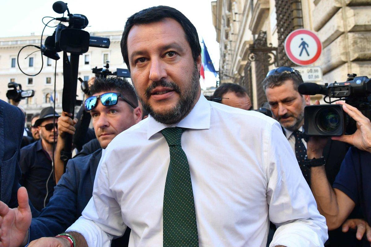 'Vedranno Italia in cartolina', #Salvini avverte navi #Ong https://t.co/dYf1z08LCC