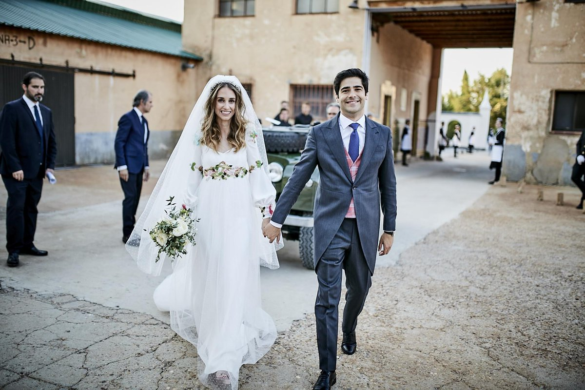 A Colorful, Whimsical Wedding in Segovia, Spain https://t.co/QNPrrlg2sL