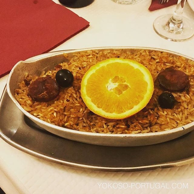 test ツイッターメディア - 鴨の炊き込みご飯チョリソーのせ、Arroz de Pato。ポルトガル料理は日本人の口に合います。 #ポルトガル料理 https://t.co/6S9RG5JktO