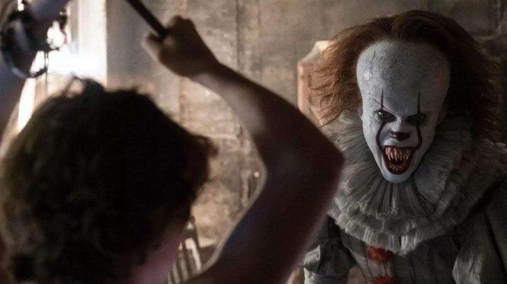 Pennywise is happy he gets to hang with the big kids in the It sequel https://t.co/Q9k3KYvdzz