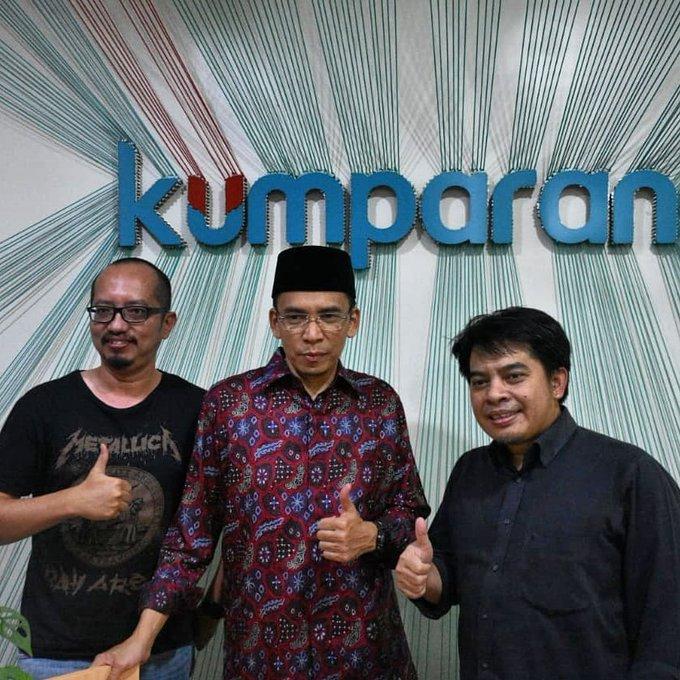 Saat TGB Zainul Majdi berkunjung ke Bertemu dengan Pimpinan Redaksi , Arifin Asyhdad dan tim redaksi lainnya. Selasa (17/07/2018). Photo