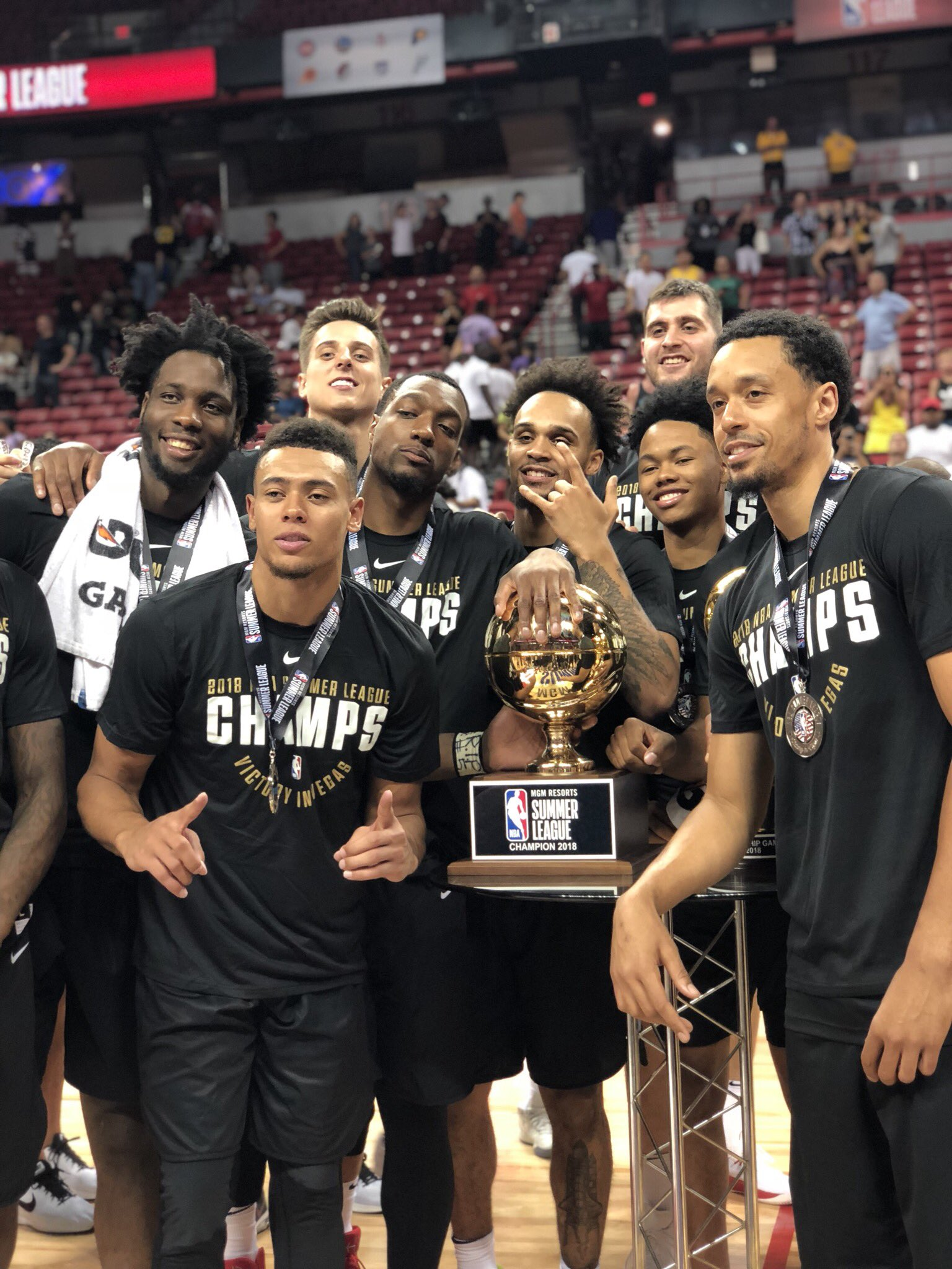 2018 @NBASummerLeague CHAMPS...@trailblazers! https://t.co/c0EVfp3zQx