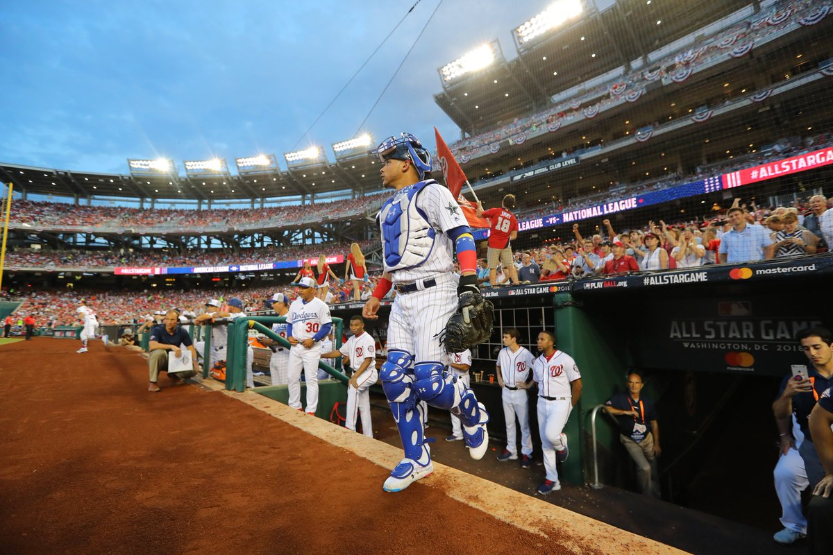 .@WContreras40 exits after five innings caught and a solo home run.   Great job, Willy! #AllStarGame